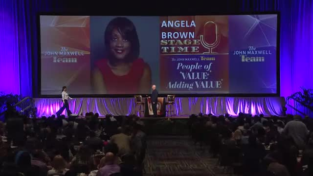Hire Angela Brown on the eSpeakers Marketplace
